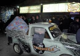 la-canapele-party-car-inside